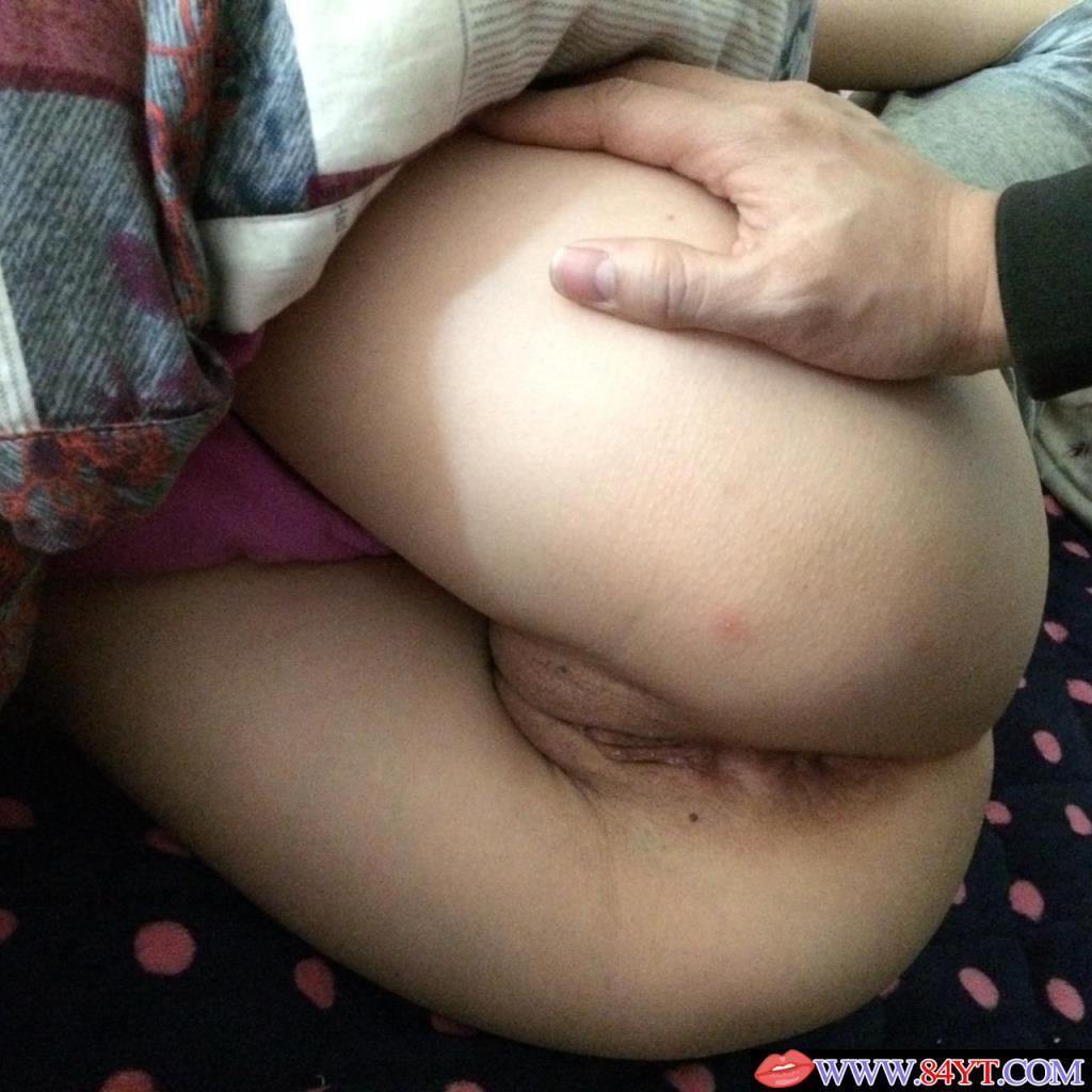 老婆的肥臀與粉BB